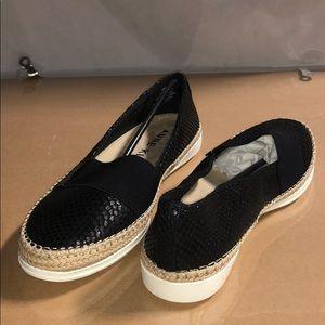Anne Klein 9 M Womens Zilya Metallic Loafers